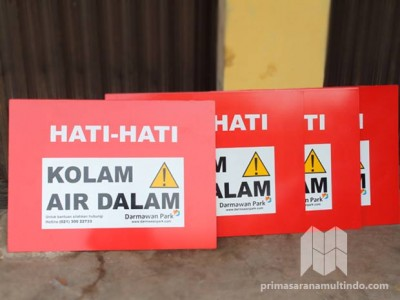 Papan Peringatan (Warning Sign)