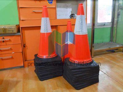 Kerucut Jalan (Traffic Cone)