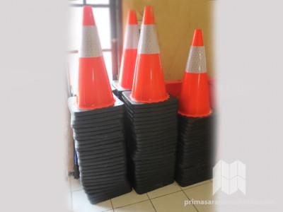 Kerucut Jalan/Lalu Lintas (Traffic Cone)