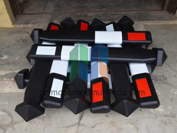 Patok Jalan | Delineator Plastik
